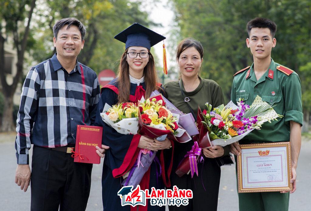Chúng tôi Làm Bằng Đại Học Giả giá gốc uy tín tại TPHCM và Hà Nội, Đà Nẵng, Hải Phòng, Cần Thơ, Nha Trang.